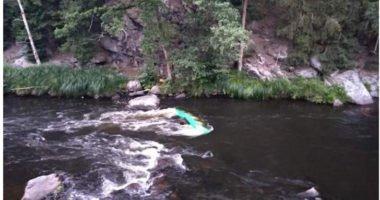 THL Wasser – gekentertes Kanu – Teisnach