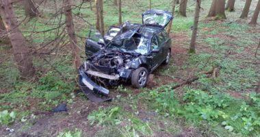 THL 1: Unfall mit PKW bei Schleeberg