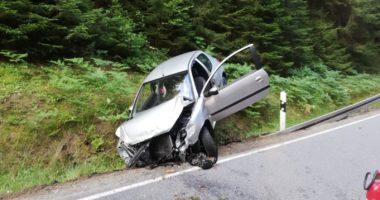 THL 1: Verkehrsunfall auf St 2134; Einsatz für FF Schweinhütt und Rinchnach