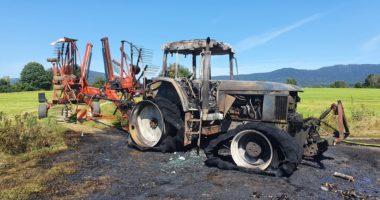 B3 Brand landwirtschaftliches Fahrzeug – Arnbruck