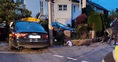 VU – Ruhmannsfelden: Unfall an Ampelkreuzung: 49-Jähriger leicht verletzt
